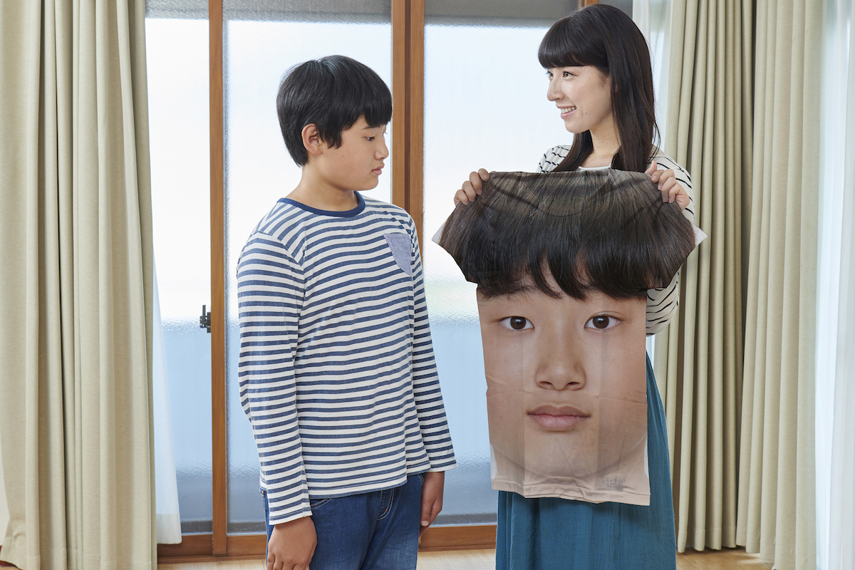 「息子の顔シャツ」が安かったので息子のために買ってきた母